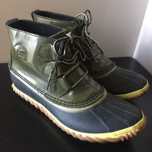 SOREL Out N About Green Duck Boot | 7